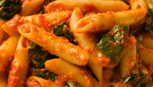 Penne with Red Pepper Sauce and Spinach