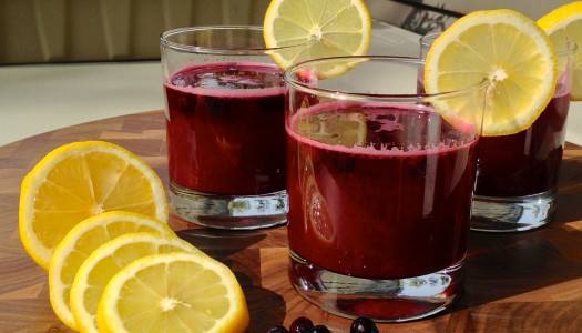 Chef Thomas Phong-Luu's  Blueberry Honey Lemonade